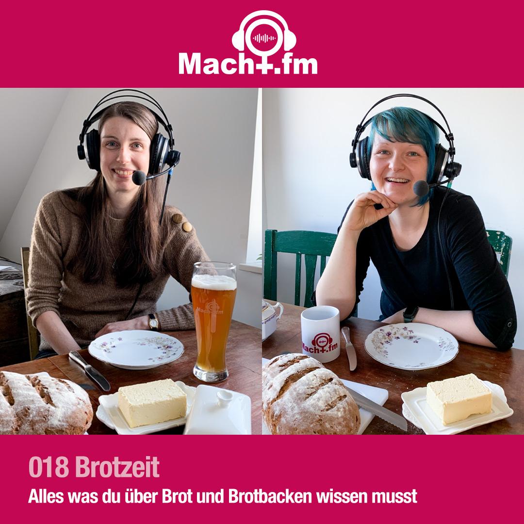 Dr.in Macht und Hiwi Macht mit Headset am Tisch mit Brot, Butter, Bier und Tee