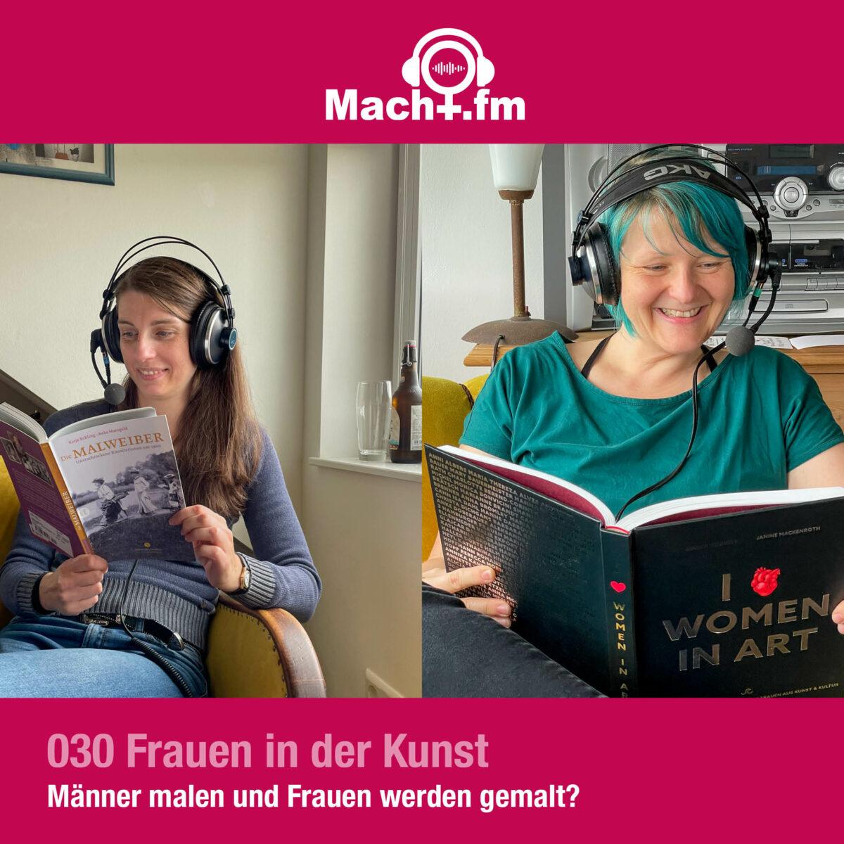 Dr.in Macht und Hiwi Aline mit Headset und Kunstbuch